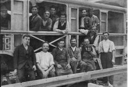 Bus Bau aus Holz